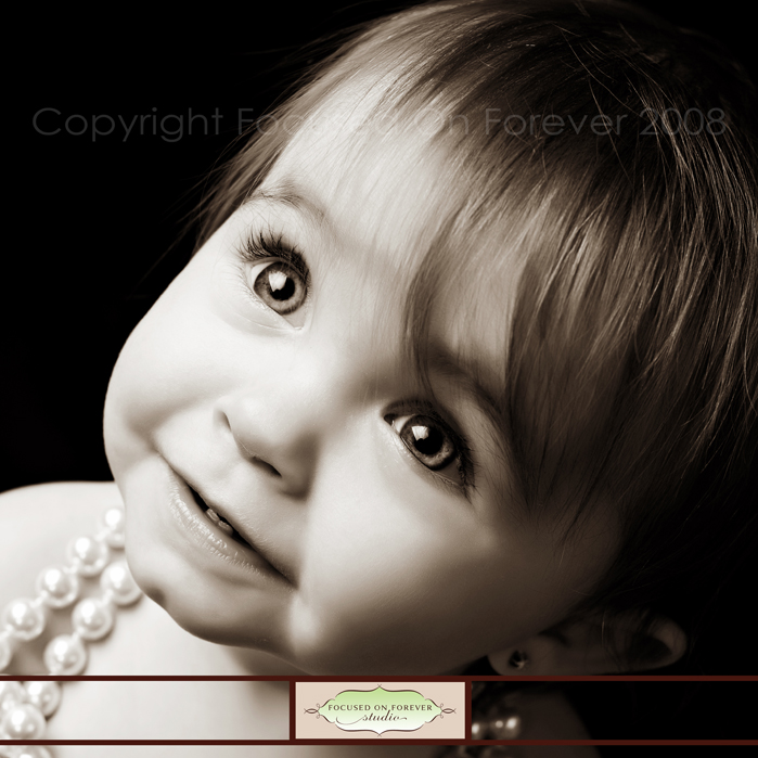 Aviana's 1 Year Session