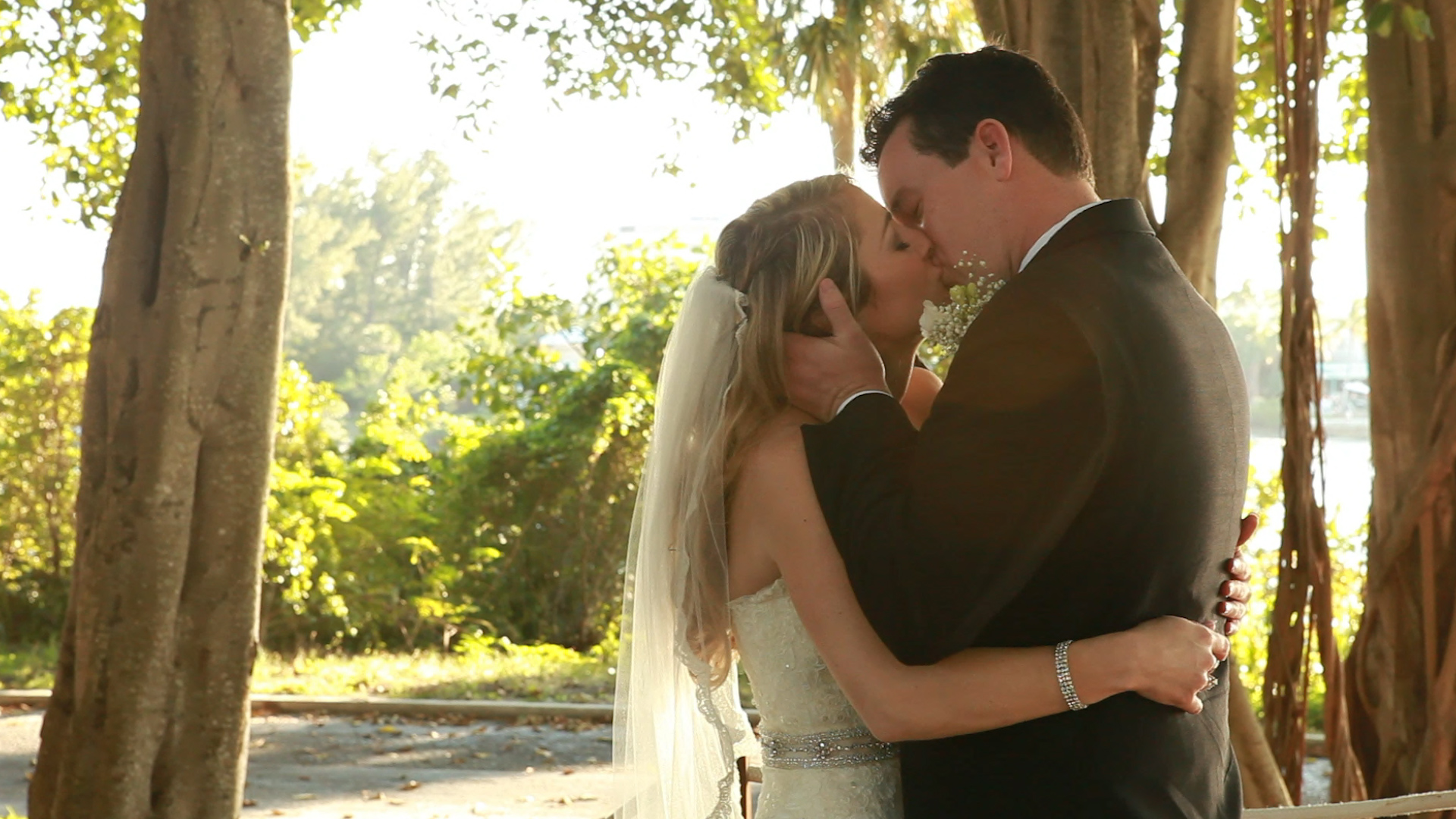 Protected: Mandee & Eric tie the knot!